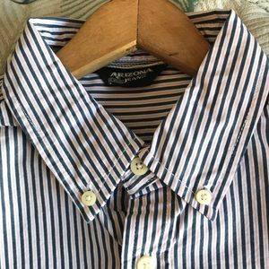 Men's cotton shirt.